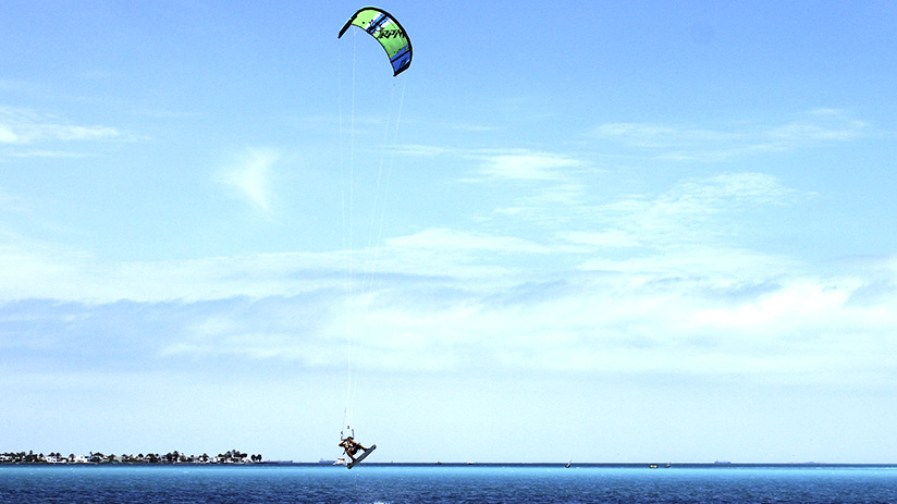 kitesurf in paracas sports