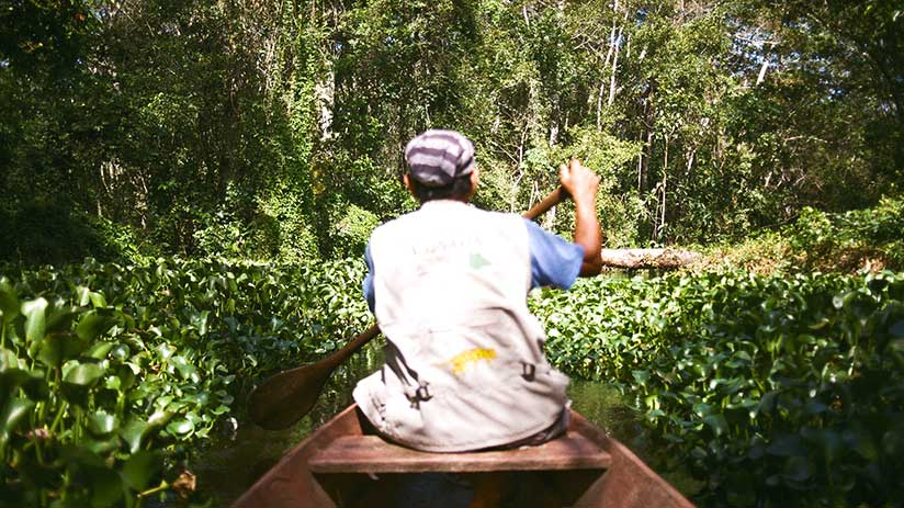 best time to visit peru canoeing