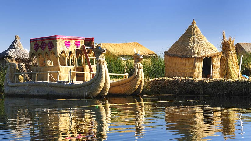 lake titicaca floating islands totora