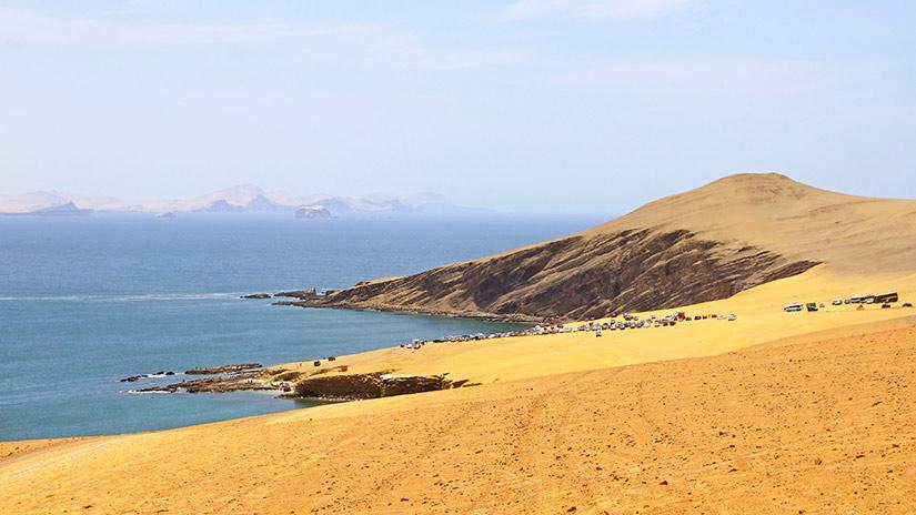 beaches in peru la mina