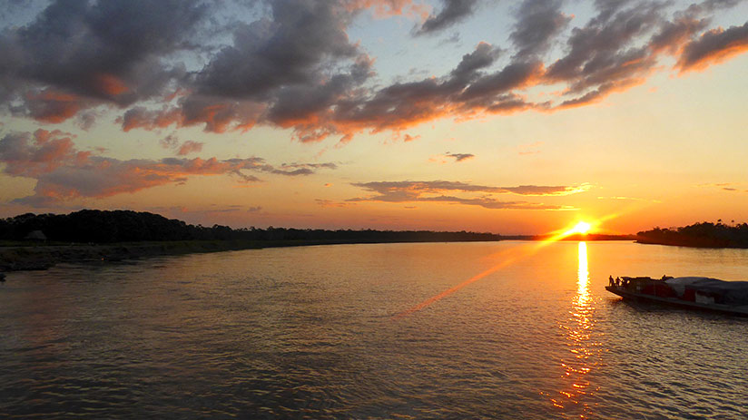peru sightseeing amazon sunset
