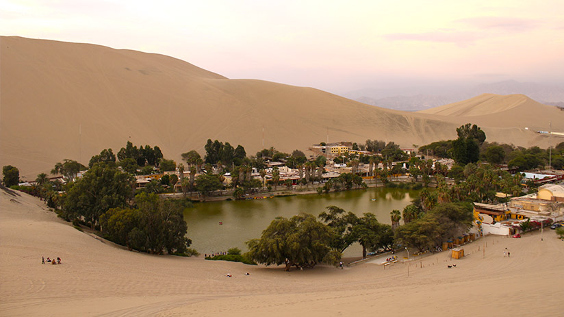peru sightseeing huacachina oasis