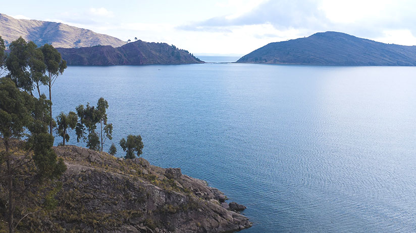 peru sightseeing lake titicaca