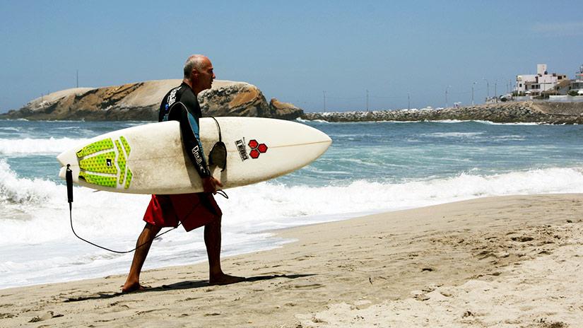 beaches in peru