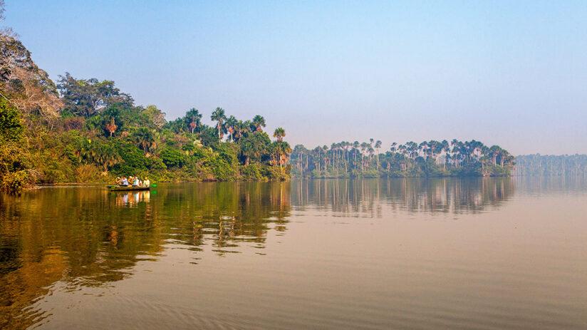 tambopata national reserve sandoval lake