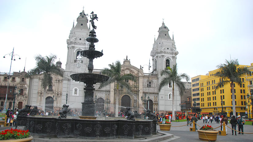 where to go on vacation with friends lima peru