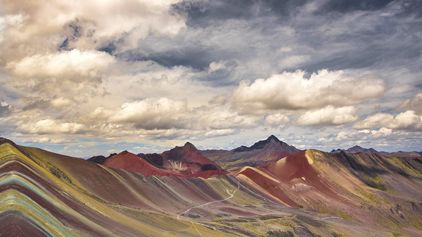where to go on vacation with friends vinicunca rainbow mountain