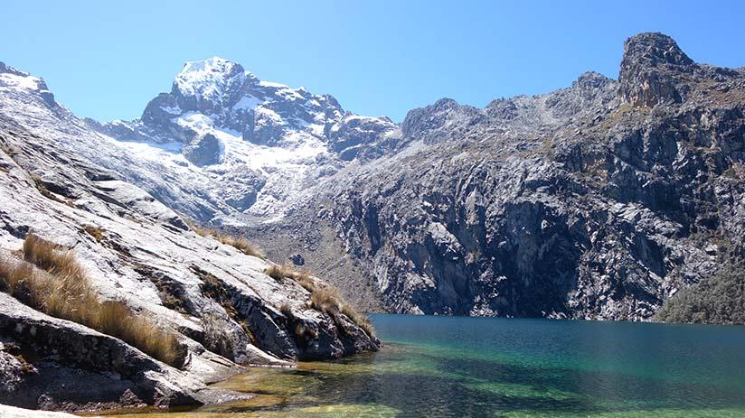 hiking in Peru huaraz laguna 69