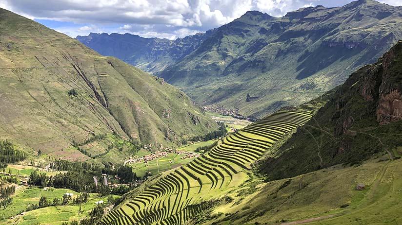 hiking in Peru sacred valley