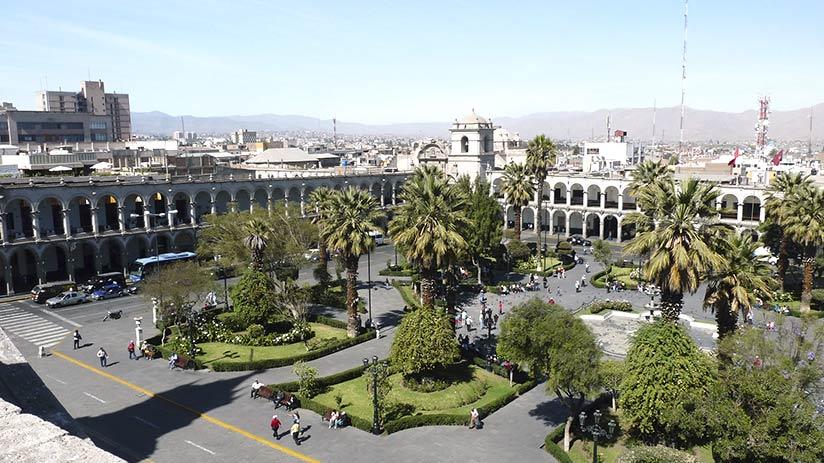 travel around peru arequipa plaza de armas