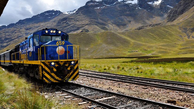 travel around peru by train