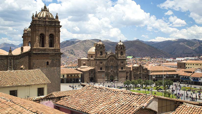 travel around peru cusco plaza de armas