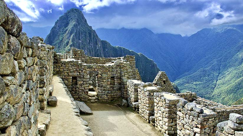 top cities to visit in peru cusco machu picchu