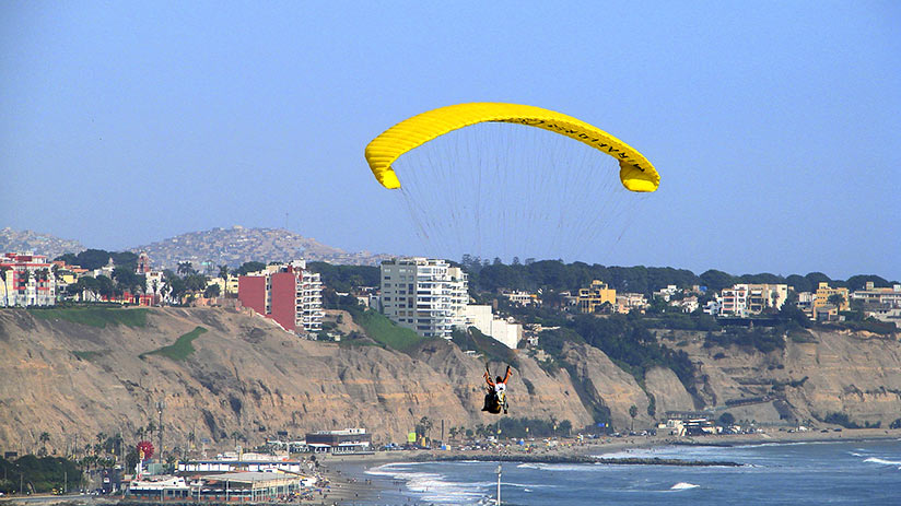 family vacation ideas paragliding lima