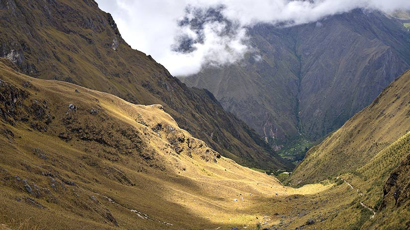inca trail to machu picchu second day dead woman pass