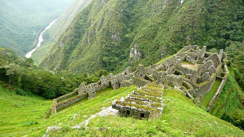 inca trail to machu picchu third day wiñay wayna