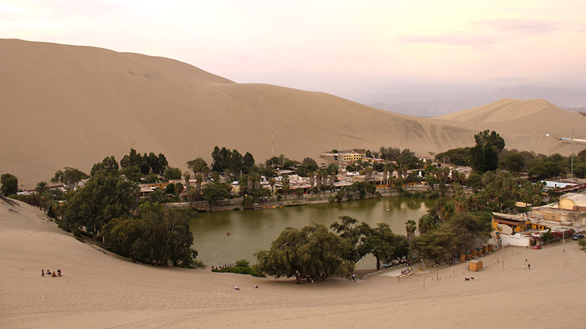 famous places in peru huacachina