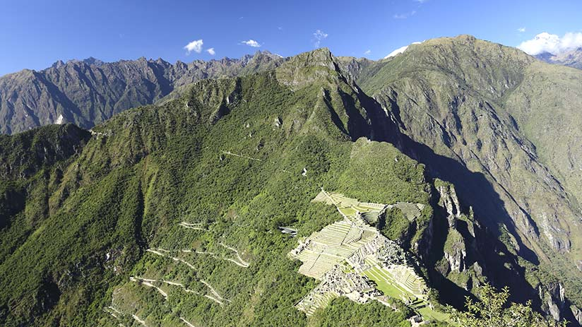 huayna picchu mountain reaching the top