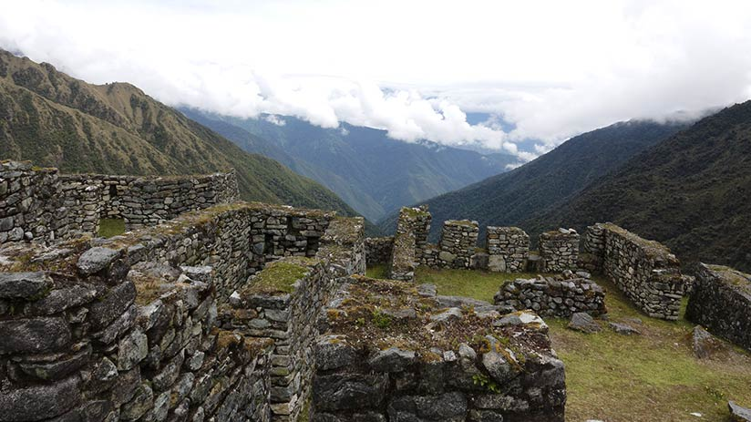 inca trail cost tips
