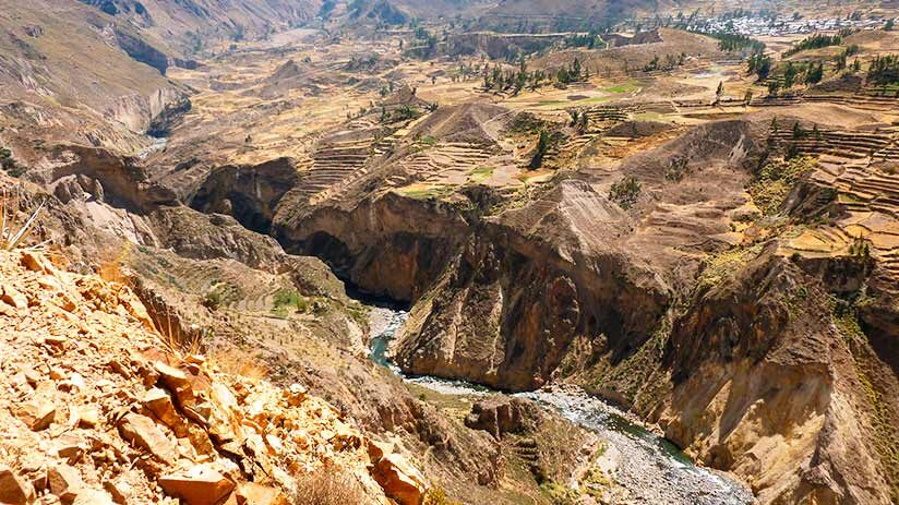 tourist attractions in peru colca valley