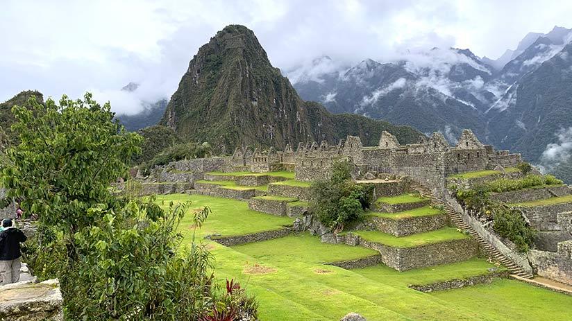 famous landmarks in peru machu picchu