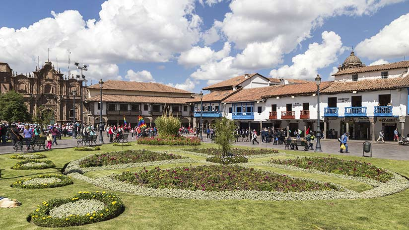 free things to do in cusco squares