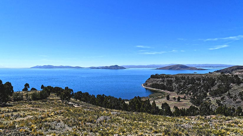 must see places in peru lake titicaca