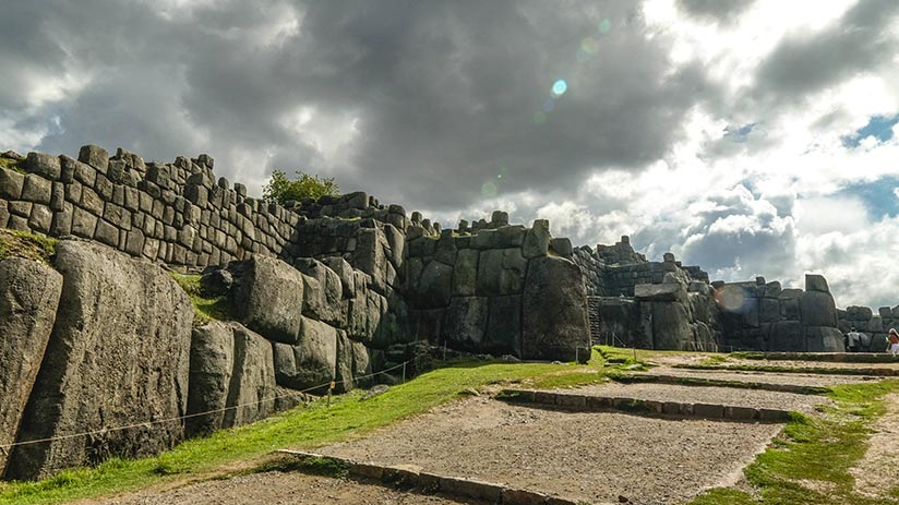things to do around cusco visit sacsayhuaman