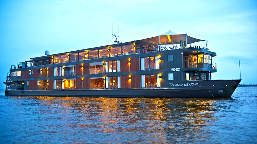 things to do in iquitos luxury cruise