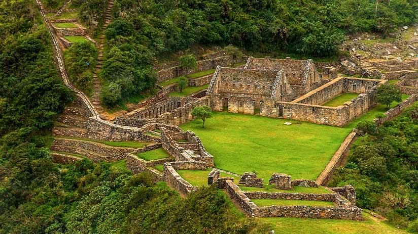 alternative to Machu Picchu choquequirao