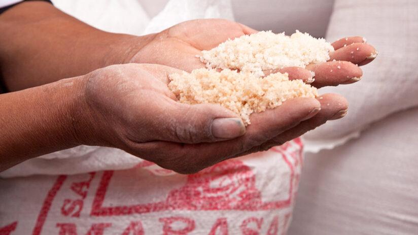 peruvian pink salt maras salt mines