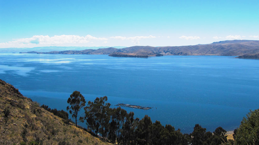 facts about Peru highest navigable lake in the world