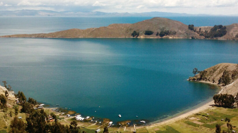 facts about peru and lake titicaca