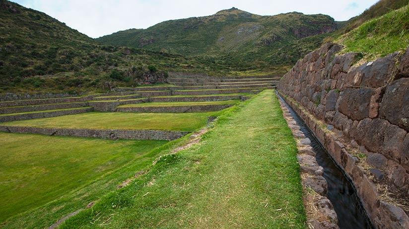 ruins of tipon tour at the ruins