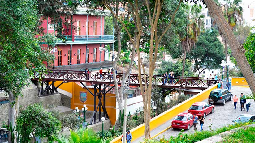 things to do in Barranco bridge of sighs