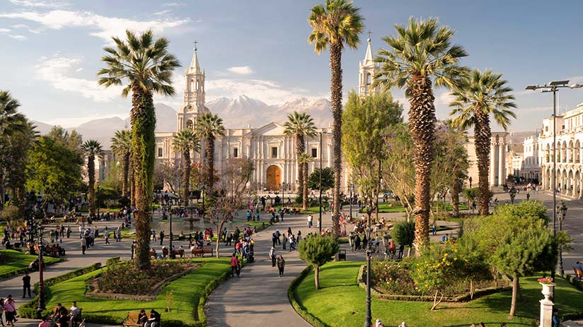 walking tour in arequipa plaza de armas
