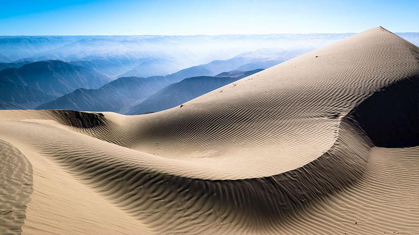 huacachina sand dunes cerro blanco
