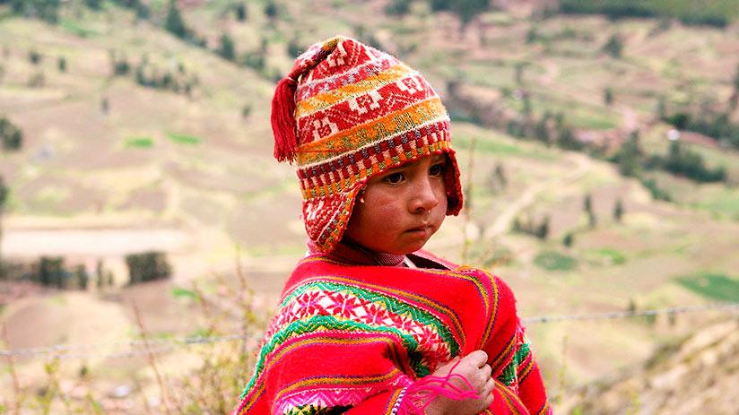 peruvian traditional clothes chullo