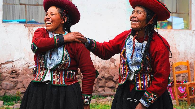 peruvian traditional clothes jobona