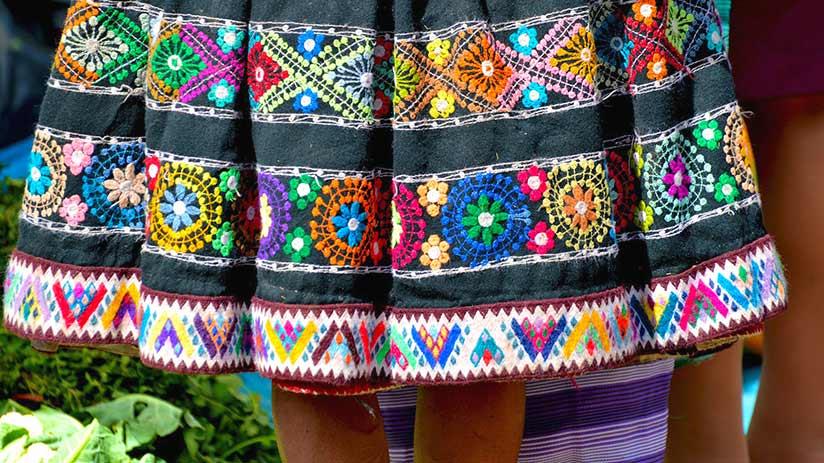 peruvian traditional clothes polleras