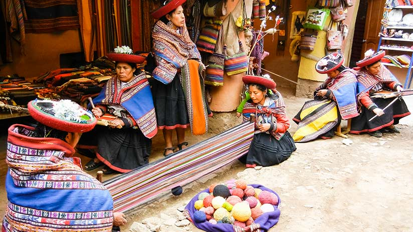 peruvian traditional clothes