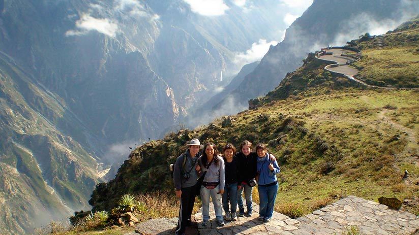 popular places in peru colca canyon