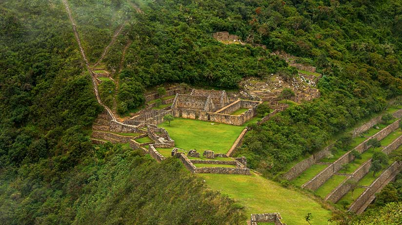 ancient ruins in peru choquequirao