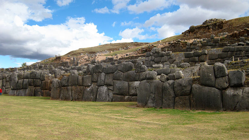 ancient ruins in peru sacsayhuaman