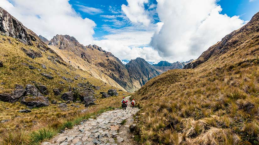 peruvian andes hikes