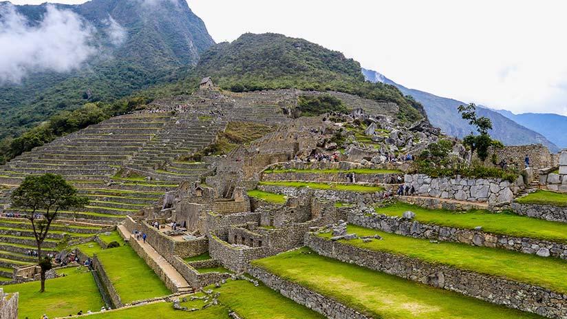 peruvian andes ruins