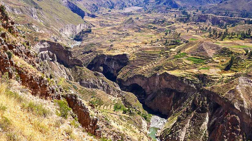 colca canyon views in peru