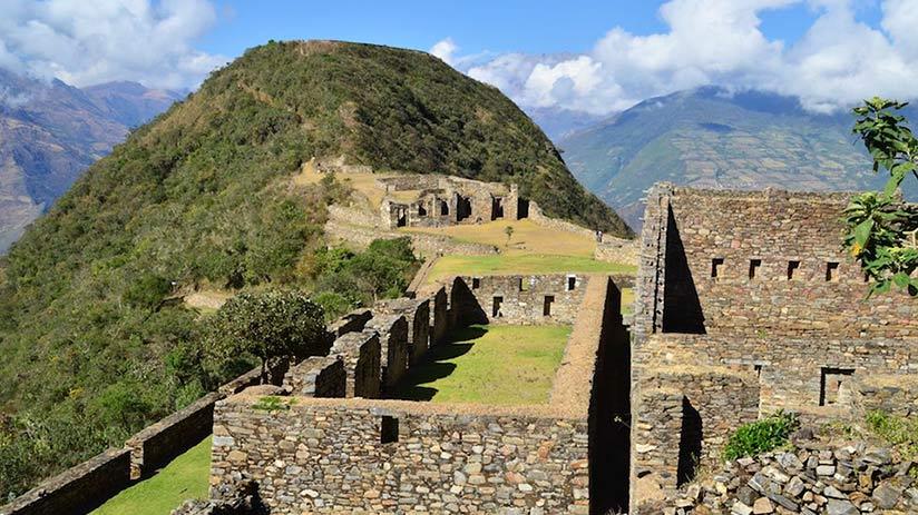 description of the choquequirao ruins