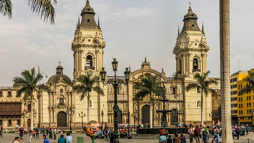 historical buildings in lima