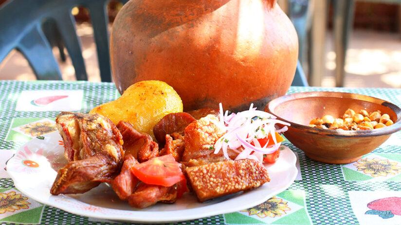 traditional peruvian food chicharron